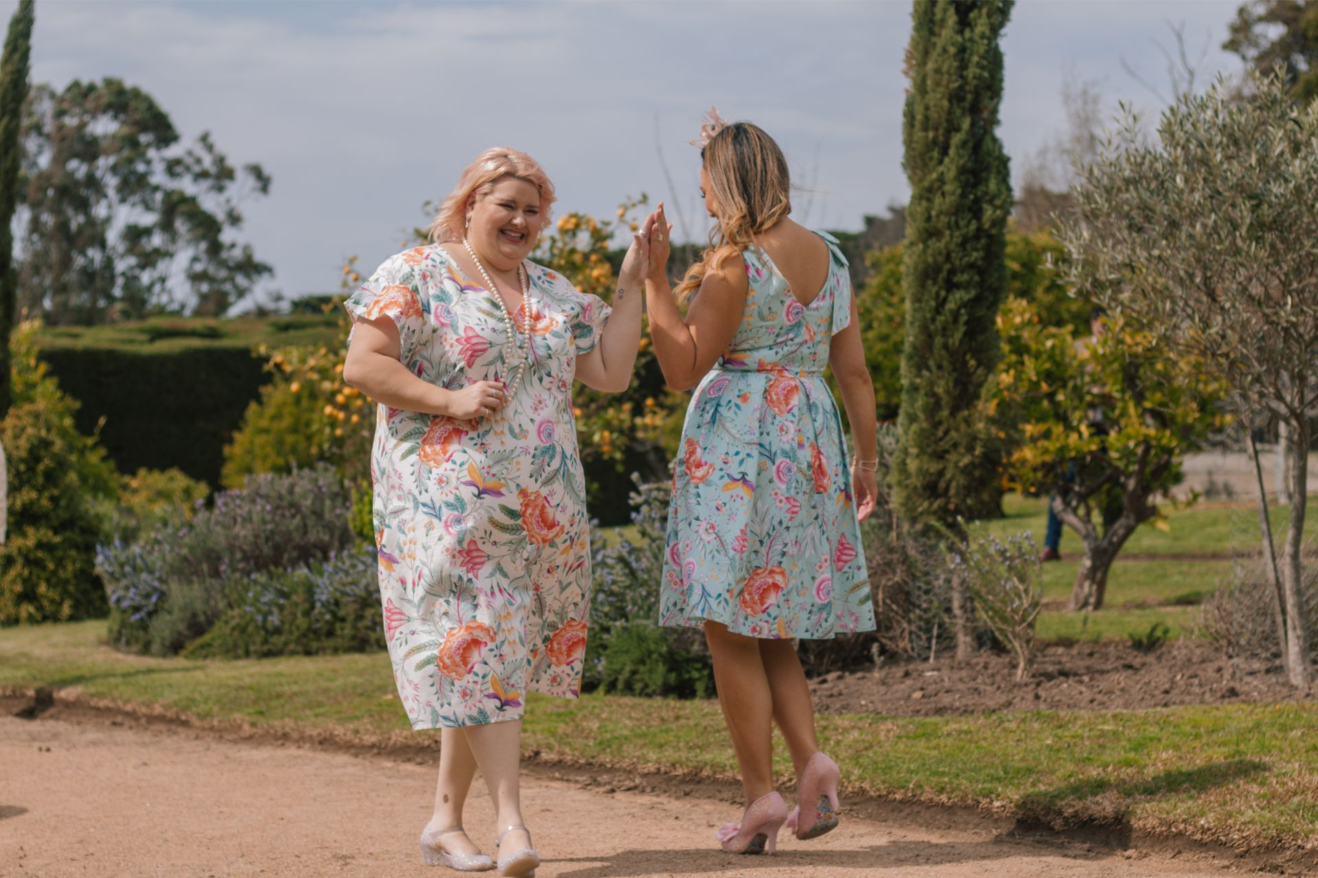 Andrea & Kate at Coombe Estate